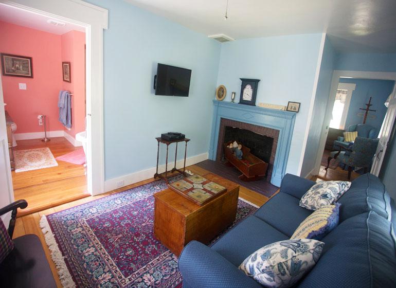 Elijah Kinne Suite Sitting Room, Captain Kinne House B&B, Ovid, NY