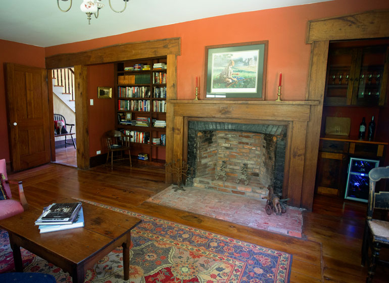 Library at Captain Kinne House B&B, Ovid, NY